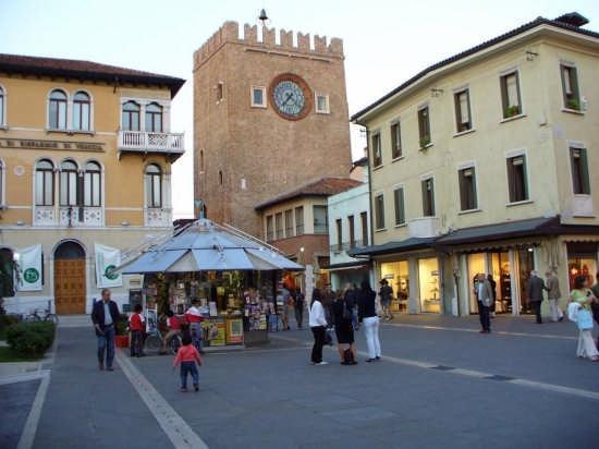 เมสเตร, อิตาลี: torre orologio mestre