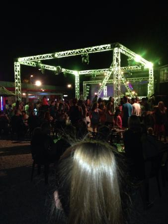 Camping Bosc d'en Roug : Emplacements tentes et soirée Megadance Ibiza