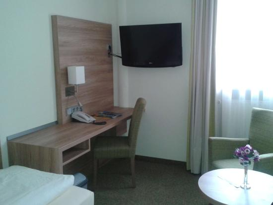 Jedermann Hotel : Superior single room