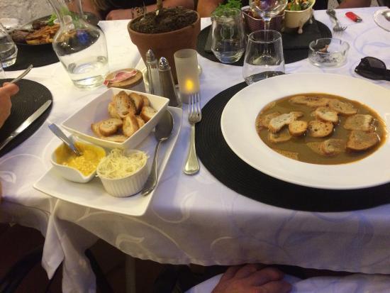 La Table Du Roy: photo1.jpg