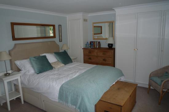 Stay at Penny's Mill: Bedroom