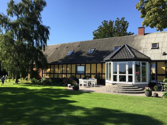 KlinteGaardens Bed & Breakfast Grenaa