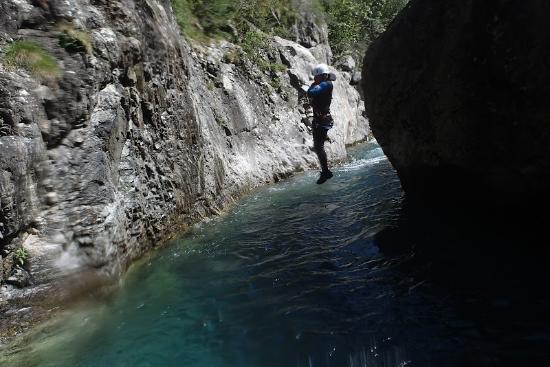 Pyrenees-Autrement: saut