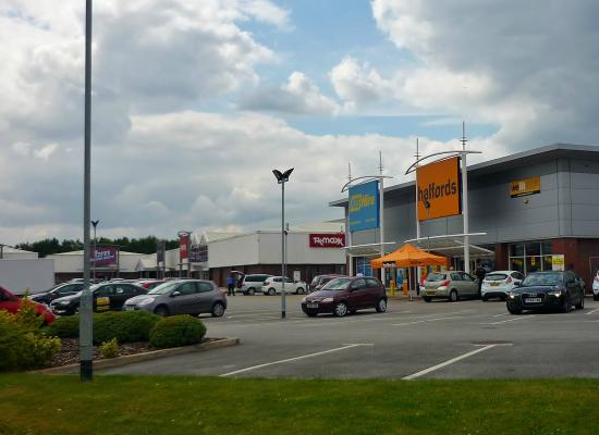 St. Helens Retail Park
