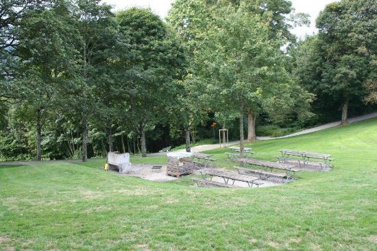 Gurten - Park im Grünen: Grillplatz