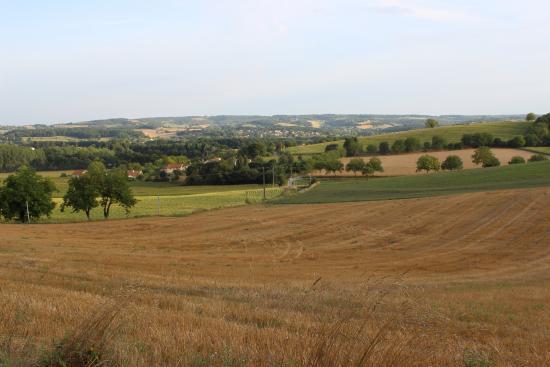Montagrier, Frankrig: View to Tocane from the Gites