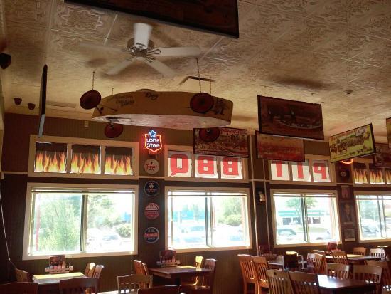 Restaurant Decor - Picture of Sticky Lips BBQ, Henrietta - TripAdvisor