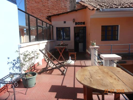 La Dolce Vita: La terrasse avec la cuisine commune