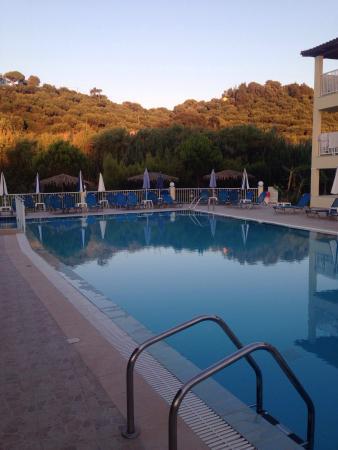 Photo of Manousis Apart Hotel Tsilivi