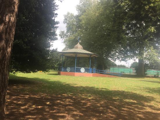 Canbury Gardens照片
