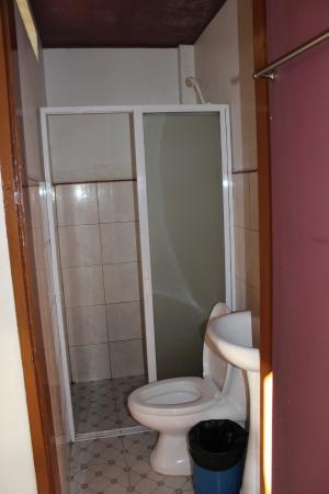 Silverise Pension: Туалет