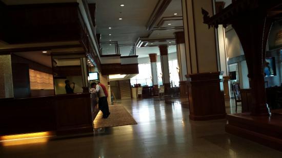 Lao Plaza Hotel: ラオ プラザ ホテル