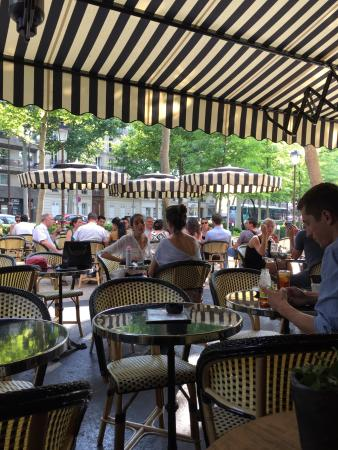 La place neuilly sur seine 4 avenue sainte foy - Restaurant jardin d acclimatation neuilly ...