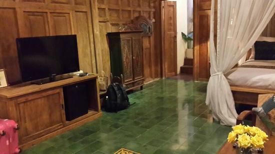 Adarapura Resort & Spa : Livingroom