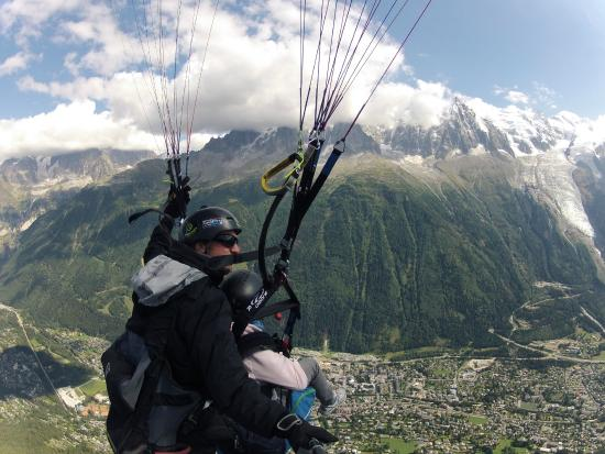 Peak Experience Parapente : In flight