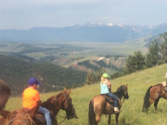 Kelly, WY: Trail ride