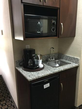 Holiday Inn Express Hotel & Suites Crawfordsville: photo3.jpg