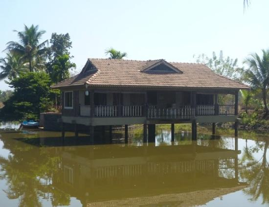 Neral, India: Pond House Rooms