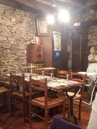 Les Moules du Bouffay : El restaurante, la parte de arriba
