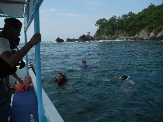 Dive Zihua : Returning to the boat