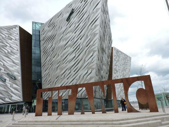 Susie Millar - Titanic Tours Belfast : Titanic Belfast Museum