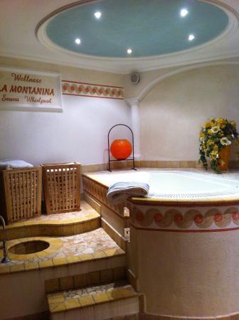Hotel La Montanina: Idromassaggio...