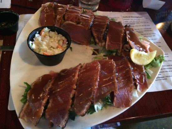 Ahi tuna dinner picture of walt 39 s fish market sarasota for Sarasota fish restaurants