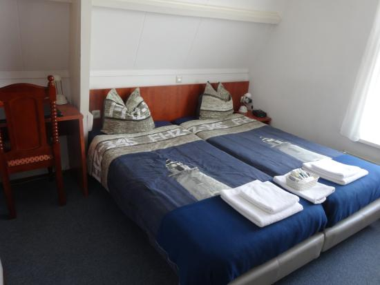 Hotel De Ruyter : Chambre