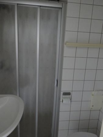 Hotel De Ruyter : Salle de bain