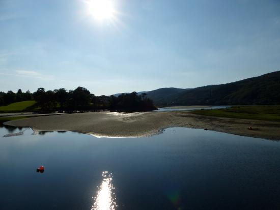 Coed Cae Bed & Breakfast: View of the Mawddach from across the estuary looking back towards Coed Cae