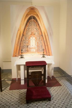 Gaudi House Museum: interior