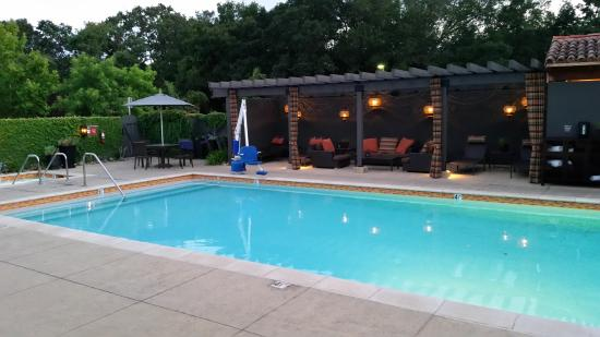 Pool Picture Of North Block Hotel Yountville Tripadvisor