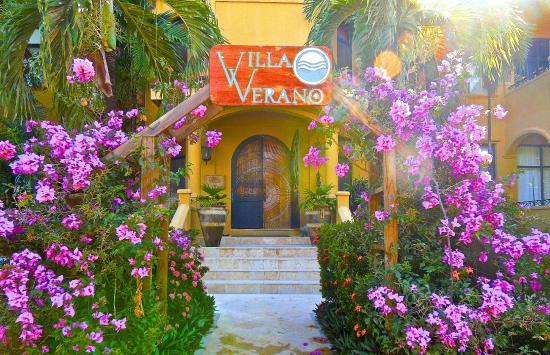 Villa Verano: Entrance