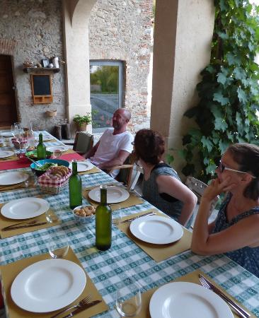 Cascina Rodiani - Green Hospitality: table set for our group