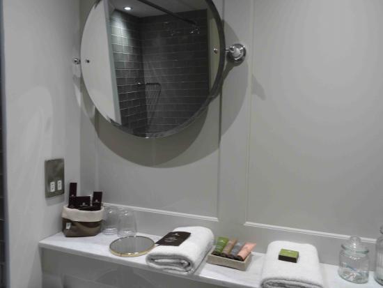 The Coach and Horses : Bathroom