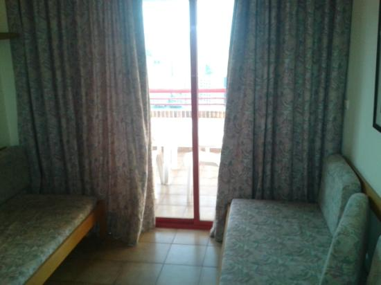 Evamar Apartments: Main living area