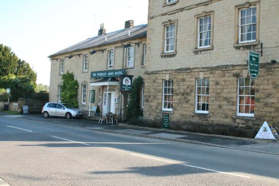 Hovingham United Kingdom  city photos : ... awaits you. Photo de The Worsley Arms Hotel, Hovingham TripAdvisor