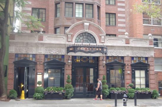Walker Hotel Greenwich Village The Jade Entrance 13th St