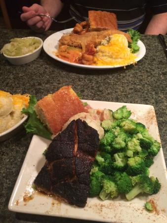 Croaker's Spot: Famous Fish & Shrimp Fry and Blackened Grilled Salmon