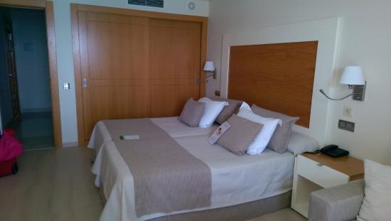 XQ El Palacete: Confy bed