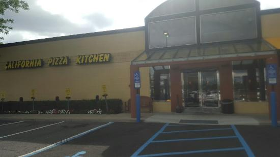 California pizza kitchen on old country road - Picture of California ...