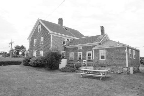 Narragansett Inn: The farm house annex