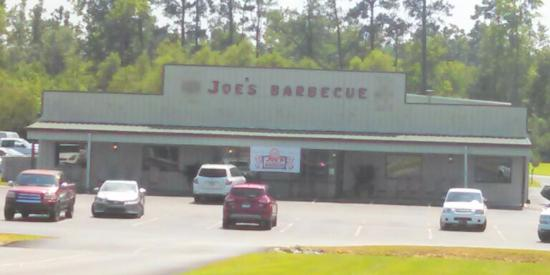 Joe's Old Fashioned Barbecue: View of restaurant from behind Lowe's