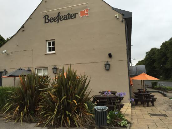 Castleton, UK: Near the road