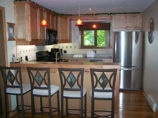 Sunset Condominiums: Full kitchen