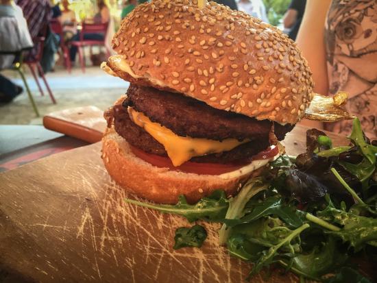 De Kloveniersdoelen B.V: Vegetarian Hamburger