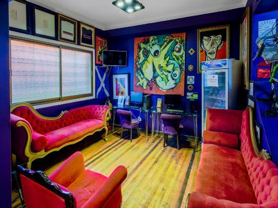 The Bellavista Hostel: room