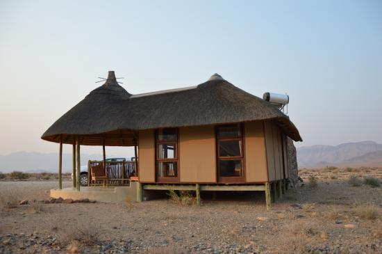 Hoodia Desert Lodge: vue des chambres
