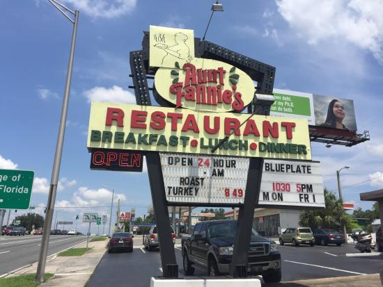 Aunt Fannie's Restaurant Photo
