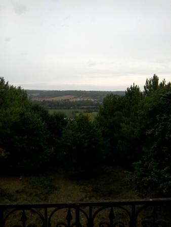 Levignac, ฝรั่งเศส: Vue extérieure depuis la chambre